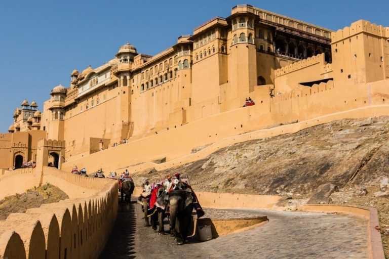 amber fort (one of the best places to visit in Jaipur)