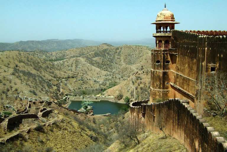 Jaigarh fort (one of the best places to visit in Jaipur)